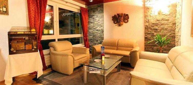 Victoria Lounge Royal