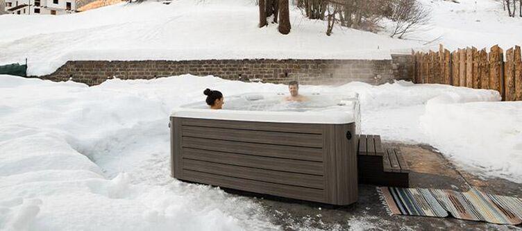 Vioz Wellness Whirlpool Winter