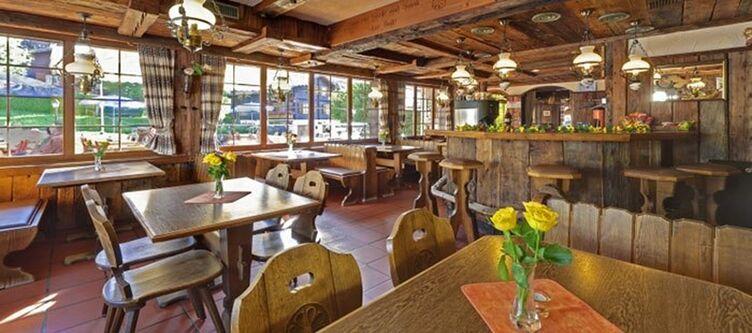 Walliserhof Restaurant3