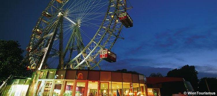 Wien Riesenrad Am Abend