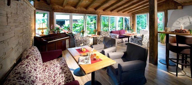 Wiesenegg Lounge