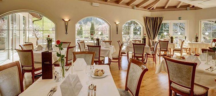 Wiesenhof Restaurant4