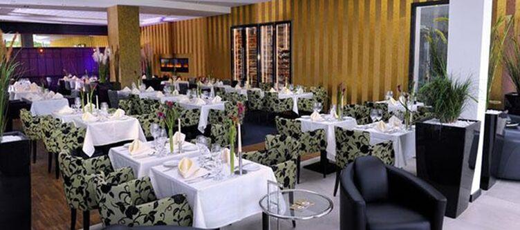 Wilhelmshoehe Restaurant3 1