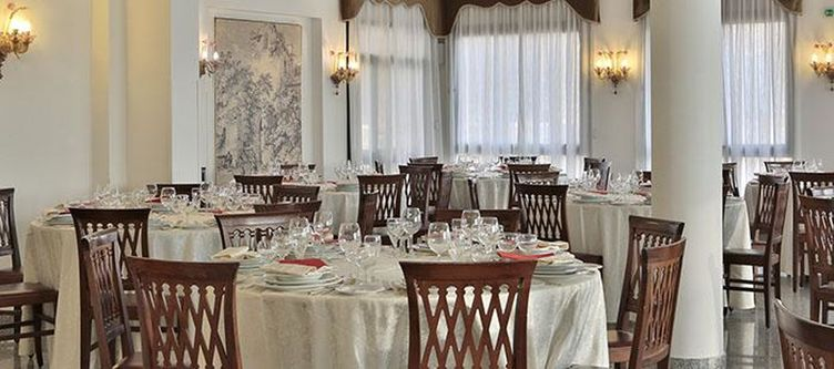Windsor Restaurant2