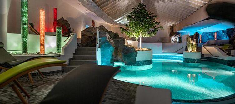 Wutzschleife Wellness Pool2