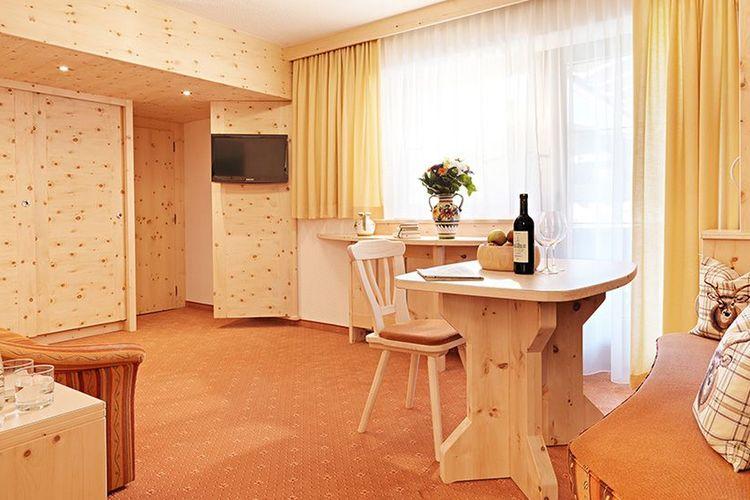 Zimmer Header Suite02