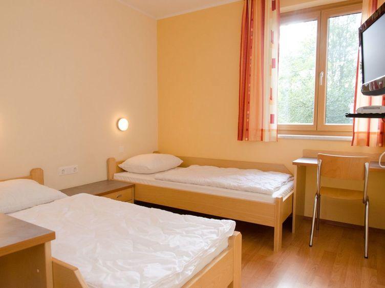 Zimmer Weyer 1 1
