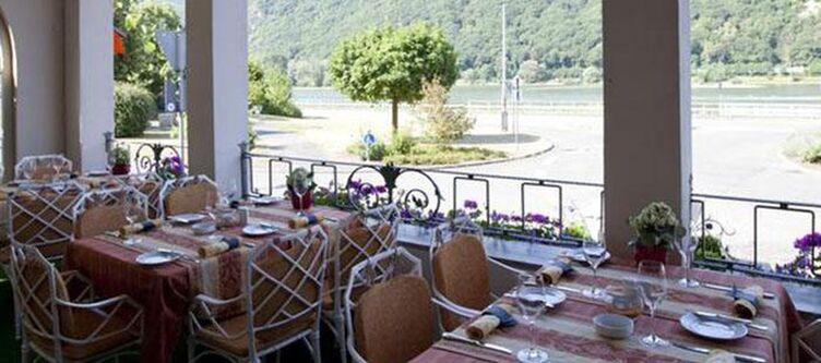 Zwei Mohren Terrasse Restaurant2